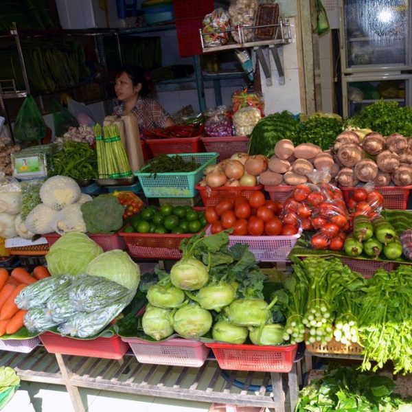 Fresh, tasty Vietnamese food 2