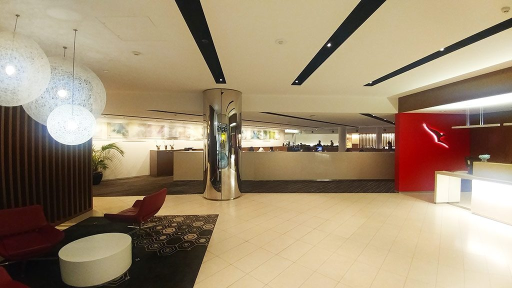 Qantas business class lounge Melbourne International review only1invillage